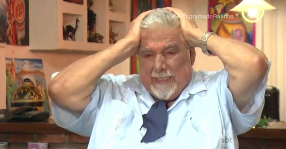 """Ruben Aguirra se emocina ao falar de Roberto Bolaños no """"Programa do Ratinho"""""""