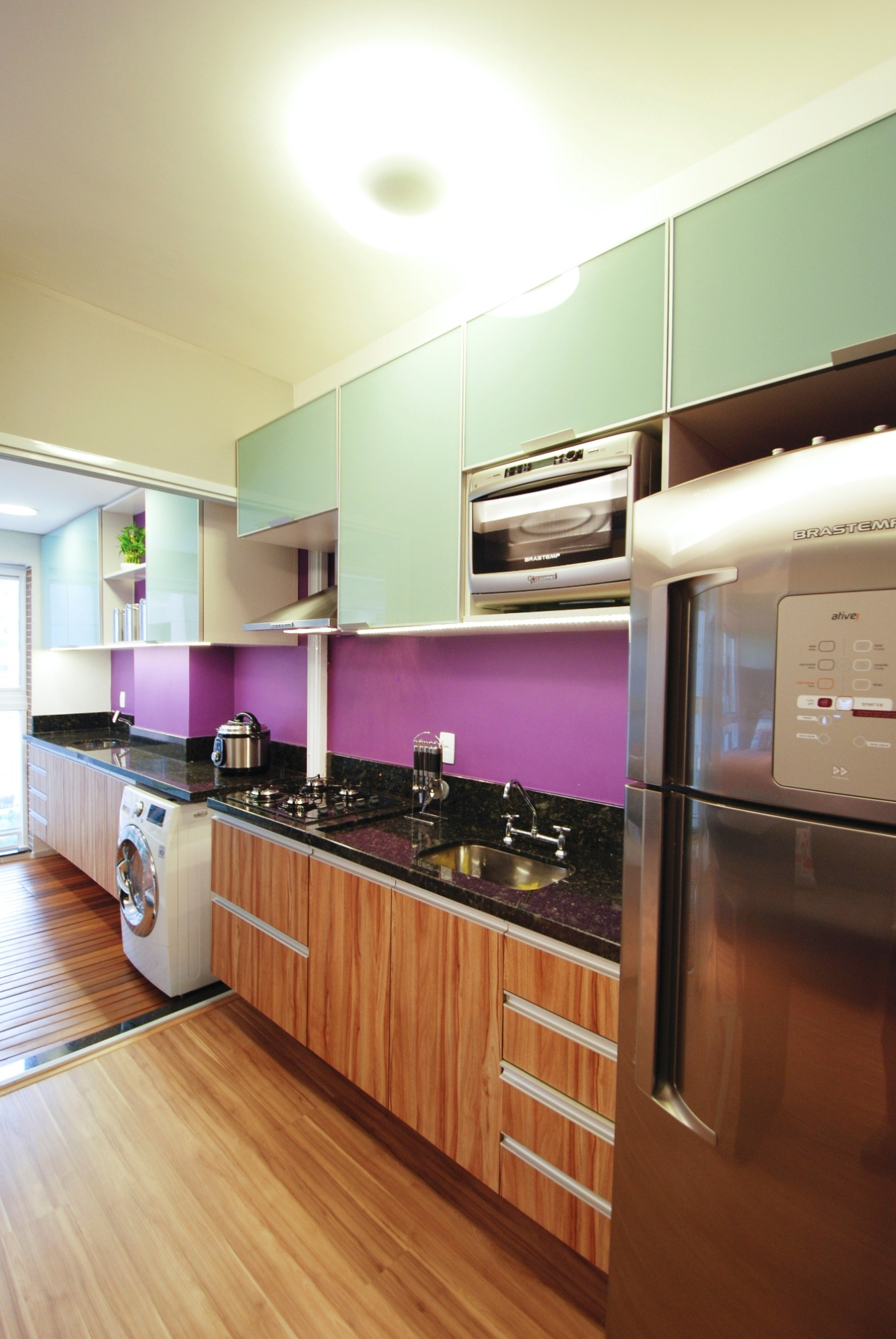 criam lar em apenas 35 m²; veja o projeto   UOL Estilo de vida #703C23 1285 1920