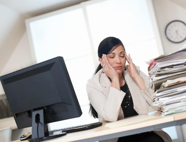 As mulheres têm mais dificuldade em dizer não e acabam desempenhando mais papéis