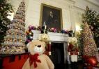 Decoração de Natal da Casa Branca tem chocolates e enfeites gigantes - Mike Theiler/ Reuters