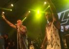 No Carnaval de Salvador, Ronaldinho sobe ao palco no show de Léo Santana - Divulgação