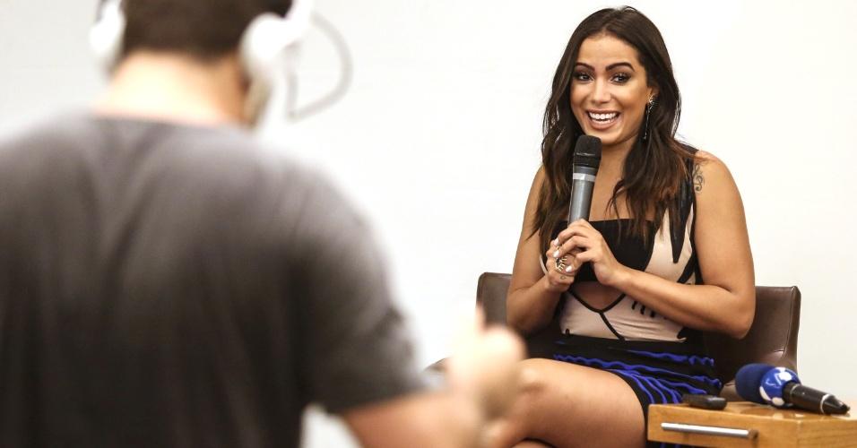 Anitta na coletiva de imprensa do lançamento do clipe