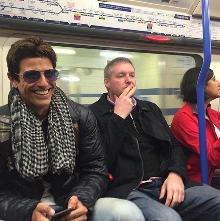 25.nov.2015 - Reynaldo Gianecchini está curtindo as férias em Londres após o final de