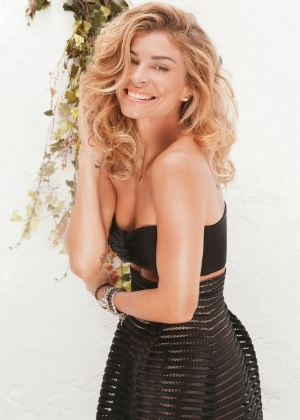 """Grazi Massafera é capa da edição de fevereiro da revista """"Claudia"""""""