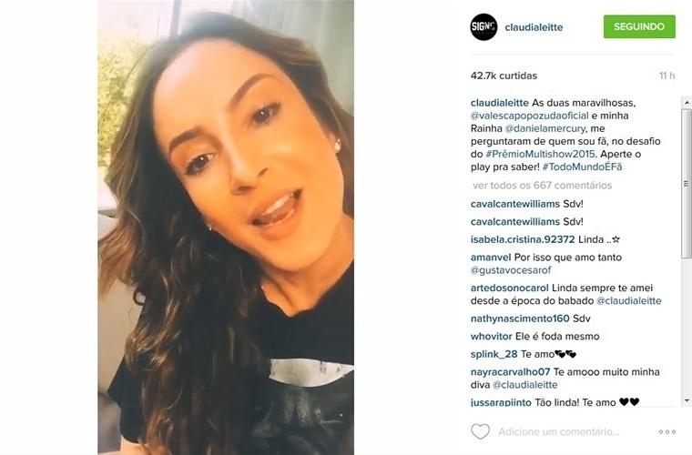 29.jun.2015 - Claudia Leitte exibe novo visual em seu Instagram. A cantora de axé apareceu com os cabelos escuros e ondulados, deixando o liso loiro de lado.