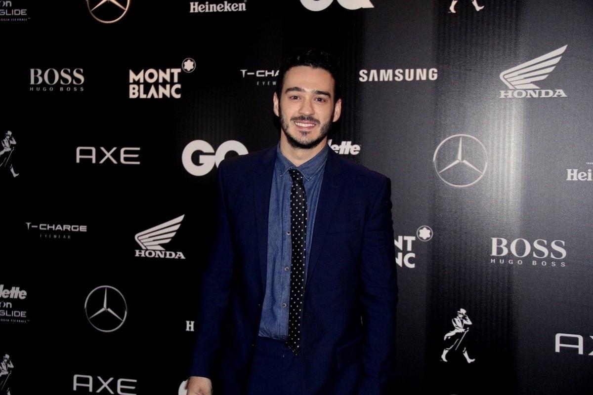 26.nov.2015 - O ator Marcos Veras comparece ao prêmio da revista