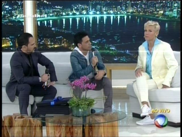 Zezé Di Camargo e Luciano bateram um papo bem-humorado com Xuxa