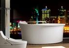 5 banheiras confortáveis e bonitas para tomar banho a dois (Foto: Divulgação)