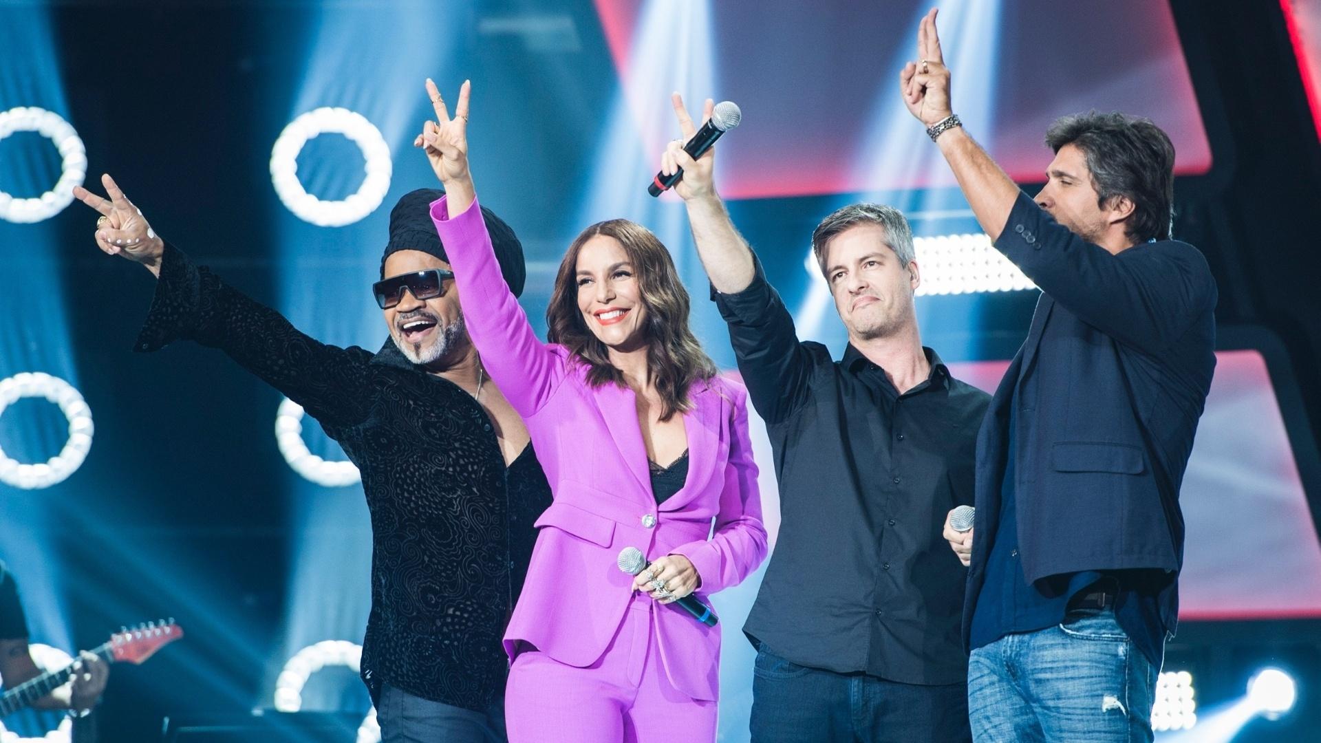 Carlinhos Brown, Ivete Sangalo e a dupla Victor & Leo na primeira gravação do