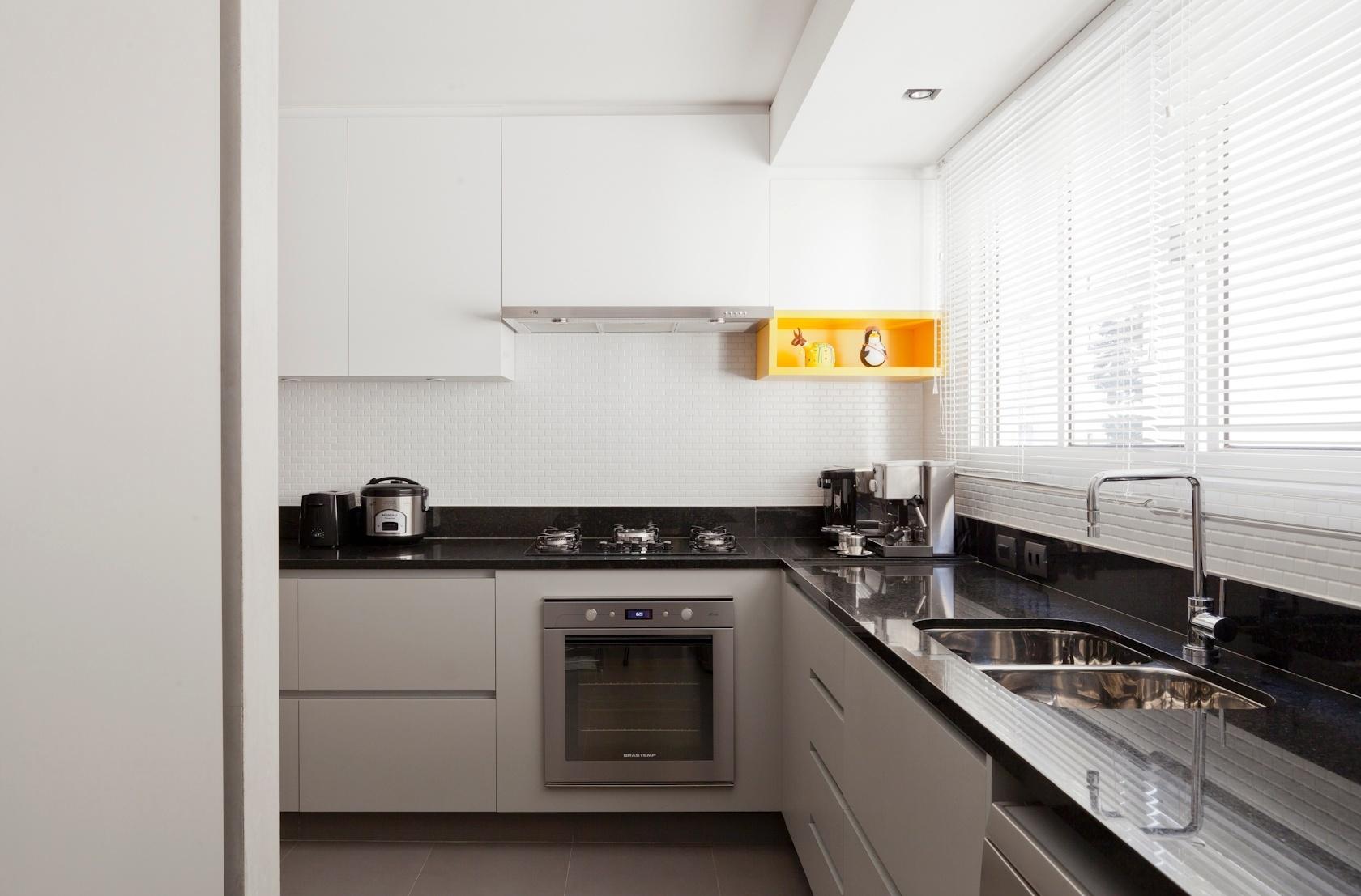 Parte da cozinha do apartamento de 160 m2 no Paraíso zona sul de  #C59106 1680 1107