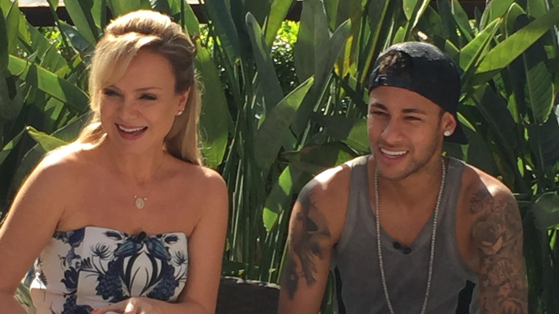 Eliana entrevista Neymar Jr. para seu programa no SBT