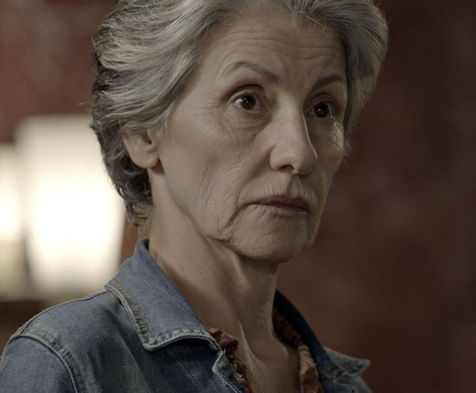 Djanira procura Ascânio para saber o que Romero quer com Tóia