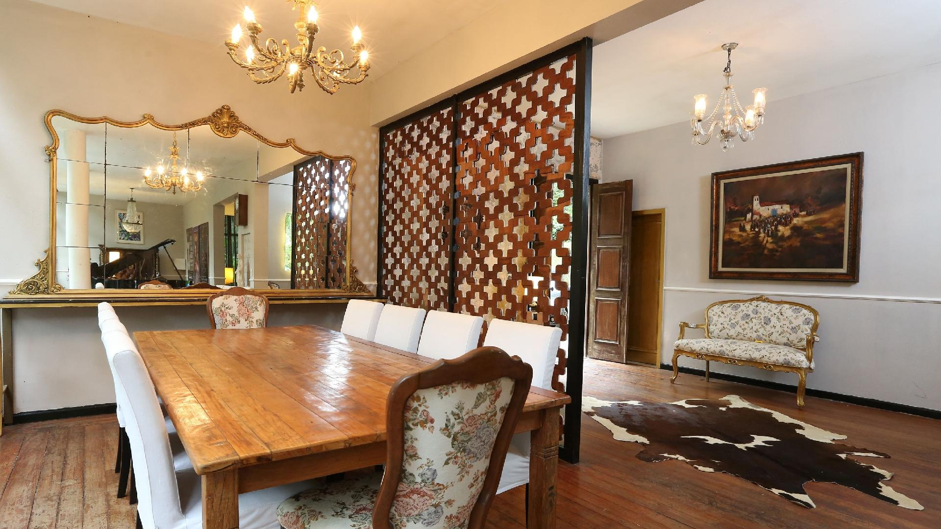 Quando Igor Rickli e Aline Wirley se aventuraram na reforma da casa no Rio de Janeiro, a residência estava sem porta e não tinha fornecimento de luz ou água. Foram meses para deixar o espaço com cara de