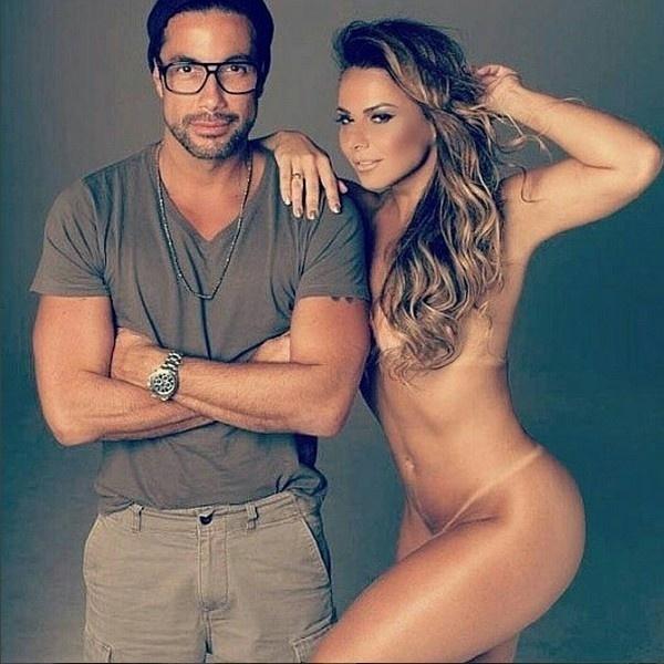 31.out.2015 - Viviane Araujo nua. Essa foi a imagem que o maquiador e fotógrafo Fernando Torquatto divulgou em seu Instagram na tarde deste sábado (31).