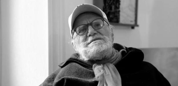 """Poeta, cantor e ator, Remo também atuou nos filmes """"Comer, Rezar, Amar"""" e """"Cartas para Julieta"""""""