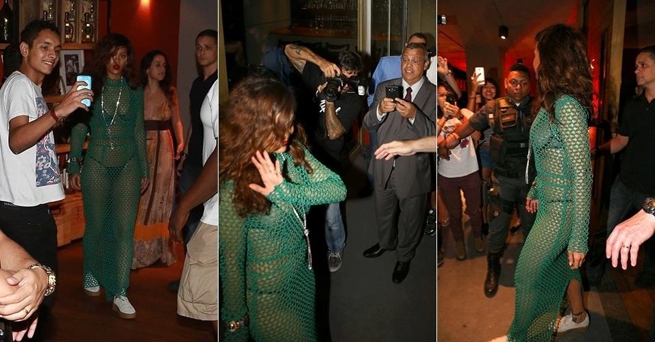 27.set.2015 - Com vestido transparente, Rihanna deixa churrascaria no Rio de Janeiro e é tietada por fãs