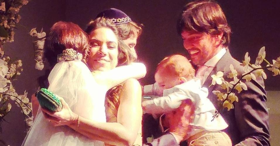 26.set.2015 - Renata Abravanel, filha