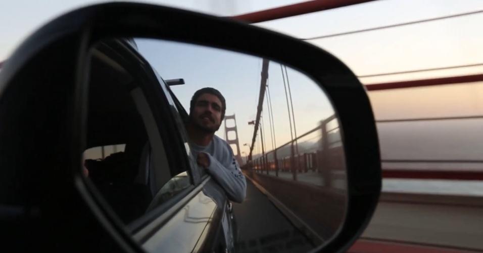 Caio Castro mostra registro de viagem em seu canal no YouTube