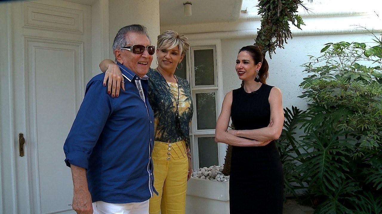 Andréa Nóbrega e Carlos Alberto conversam com Luciana Gimenez