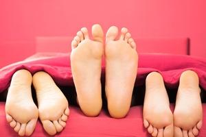 Você daria conta de um relacionamento poliamoroso? (Foto: Getty Images)