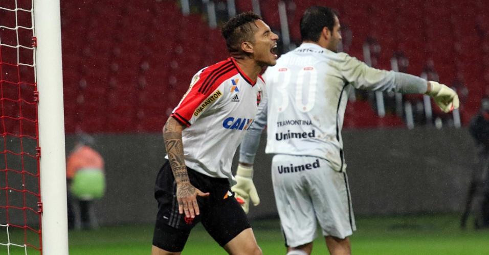 Guerrero lamenta ataque desperdiçado pelo Flamengo em sua estreia contra o Inter