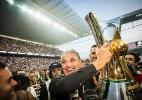 Corinthians paga prêmio do Brasileiro após 2 meses. Só para quem não saiu