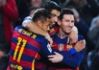 Suárez faz e leva trio de ataque do Barça a superar próprio recorde de gols