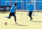 Bolaños não treina, mas Roger confirma Grêmio com o equatoriano - Lucas Uebel/Divulgação
