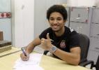 Vasco renova contrato de revelação de 18 anos que virou titular