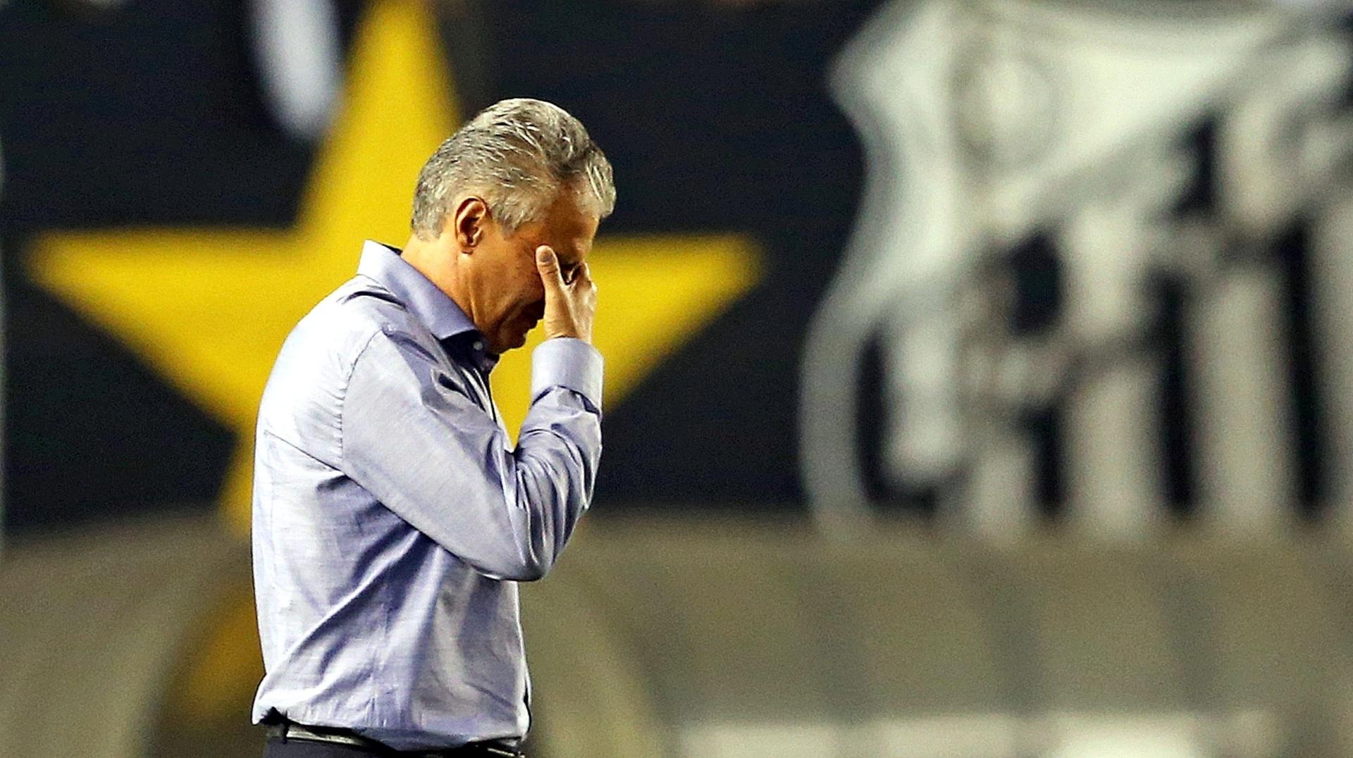 Tite lamenta após derrota para o Santos