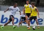 Santos testa melhor defesa do Brasileirão contra