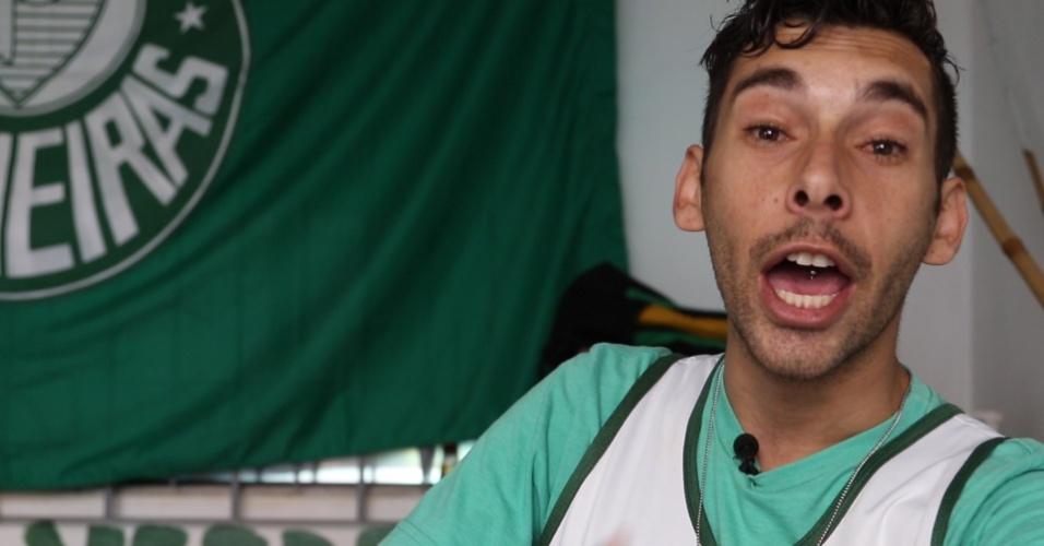 Wilson Bazarello, torcedor do Palmeiras, na sede da Rasta Alviverde