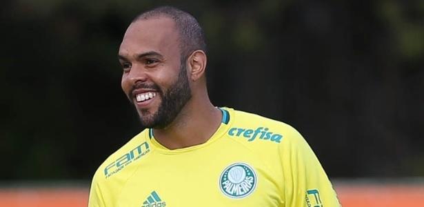 Retorno do Trem Bala  Vasco mira em Alecsandro que está no Palmeiras 6dc4c2121a06e