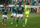 Palmeiras cresce no 2º tempo diante do Coritiba e segura a liderança