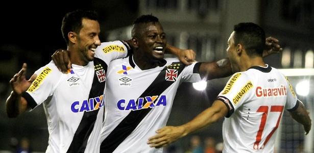 Nenê, Riascos e Eder Luis são um dos responsáveis pela fase do Vasco sem derrotas