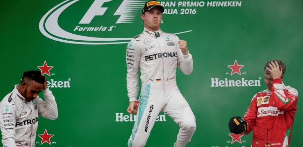 Rosberg superou Hamilton na largada. Vettel terminou em 3º em Monza