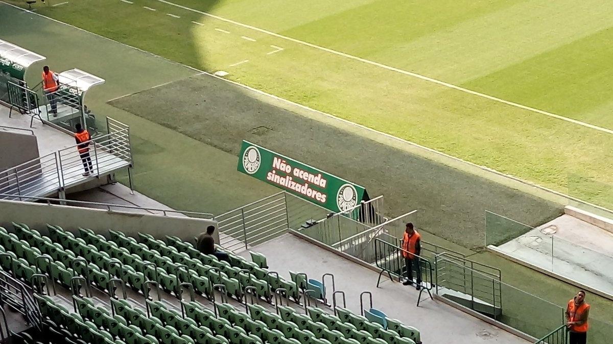 Recados torcida do Palmeiras sinalizadores
