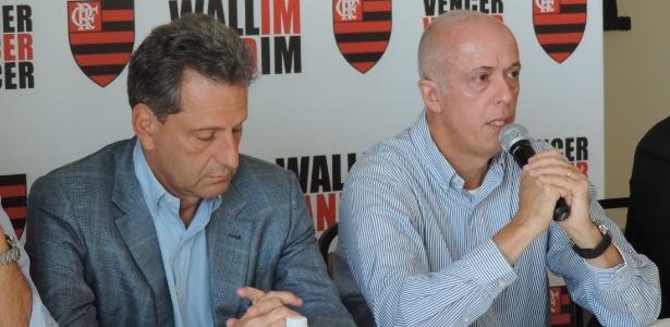 Landim (e) e Wallim concedem coletiva durante apresentação da chapa