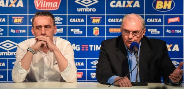 Paulo Bento (à esquerda) e Gilvan de Pinho Tavares em apresentação do técnico português no Cruzeiro