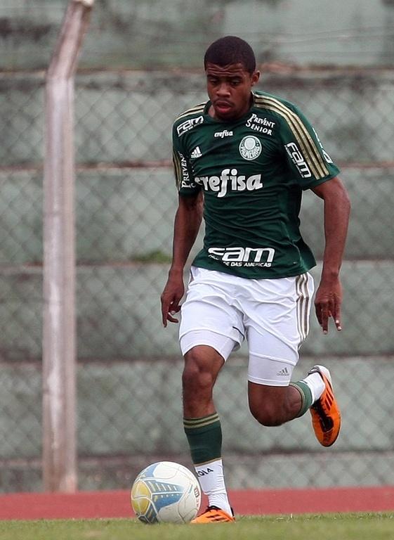 Lucas Taylor, jogador da base do Palmeiras
