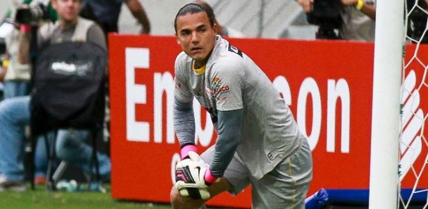 Felipe Alves, goleiro do Audax, em partida contra o Palmeiras