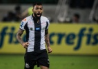 Gabigol deixa programa de TV e viaja à Itália para conversar com a Inter