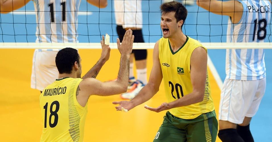 Renan fez parte do grupo da seleção brasileira nos Jogos Pan-Americanos de Toronto