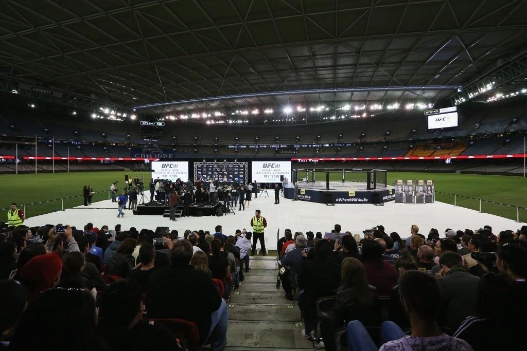 Evento de gala em estádio na Austrália terá Ronda Rousey defendendo o cinturão no UFC 193