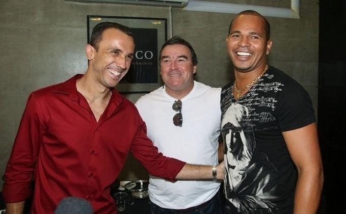 Thiago Ribeiro, que também estava no grupo campeão mundial de 2005, compareceu ao almoço em homenagem a Rogério Ceni, no dia da despedida do goleiro