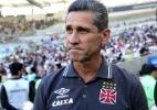 Jorginho pede pênalti e reclama porque juiz era de Goiás