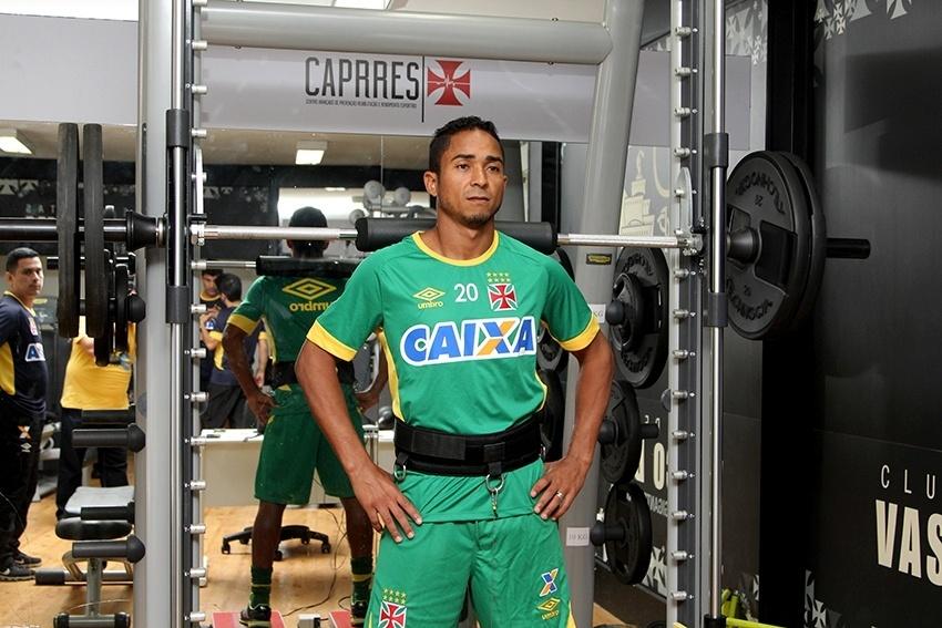 Jorge Henrique em treino físico do Vasco em São Januário