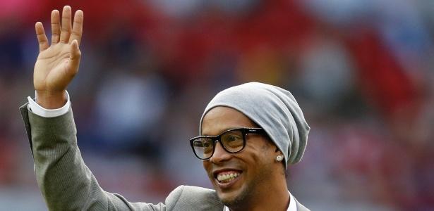 Ronaldinho Gaúcho vai jogar em Liga de Futsal na Índia com estrelas