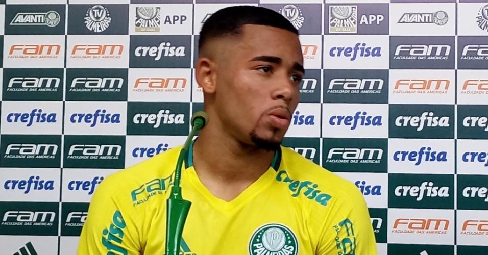 Gabriel Jesus treino Palmeiras coletiva