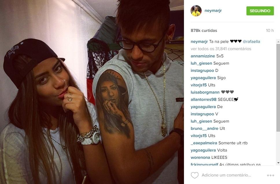 Raffaela, irmã de Neymar, também já apareceu nas redes sociais do craque nesses primeiros dias pós-Copa América. O atacante comparou o rosto da irmã com uma tatuagem que fez no braço no início do mês